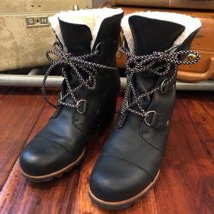 Sorel Women's Arctic Wedge Black Boot